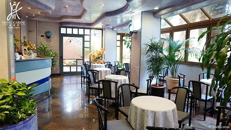 Careni hotel per famiglie finale ligure liguria italia for Hotel liguria milano